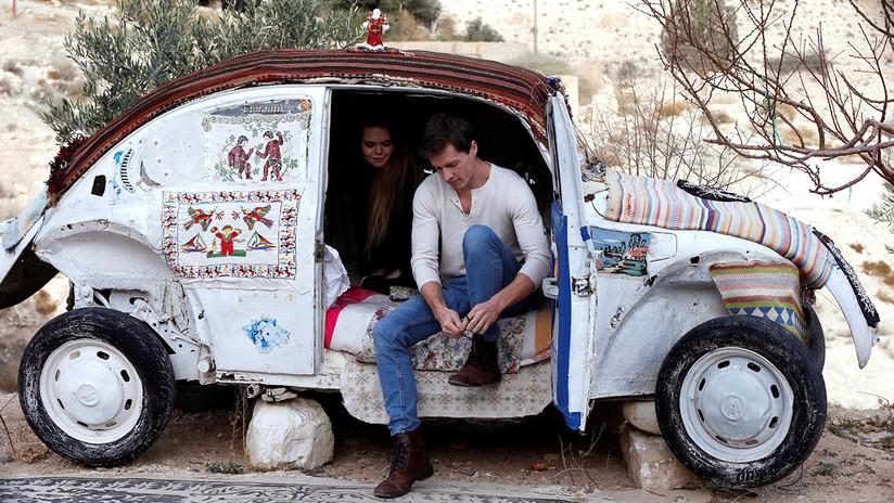 """Conozca este Volkswagen Escarabajo, """"el hotel más pequeño del mundo"""" (VIDEO)"""