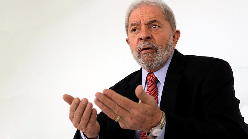 """La esposa fallecida de Lula le susurra al oído: """"¡Levanta la cabeza y ve a luchar!"""""""