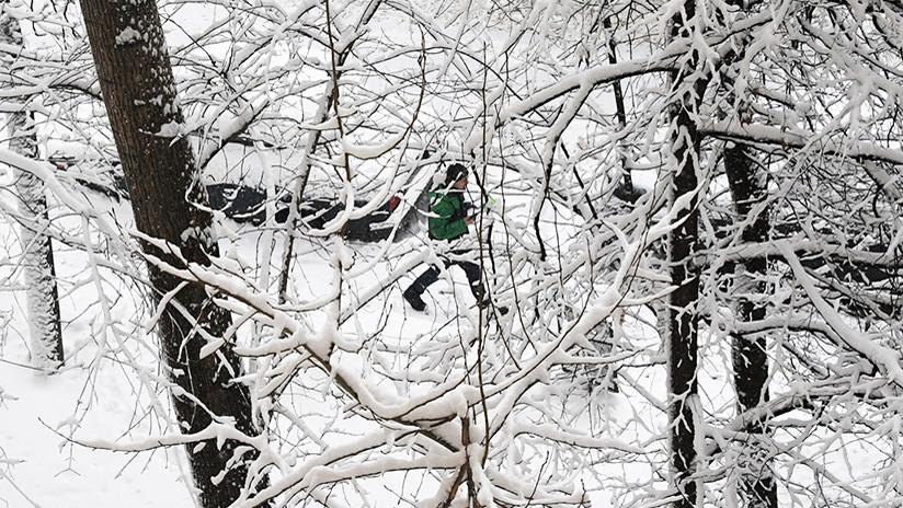 Un muerto y cuatro heridos en Moscú a causa de una fuerte nevada