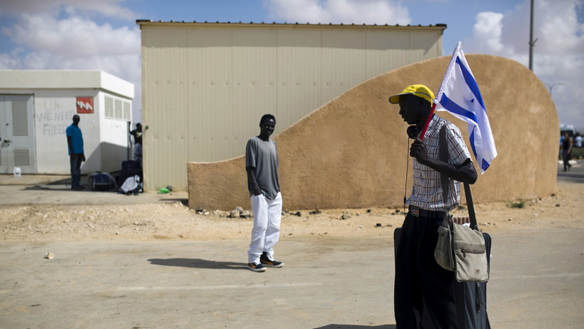 Israel empieza el proceso de deportación de miles de inmigrantes africanos