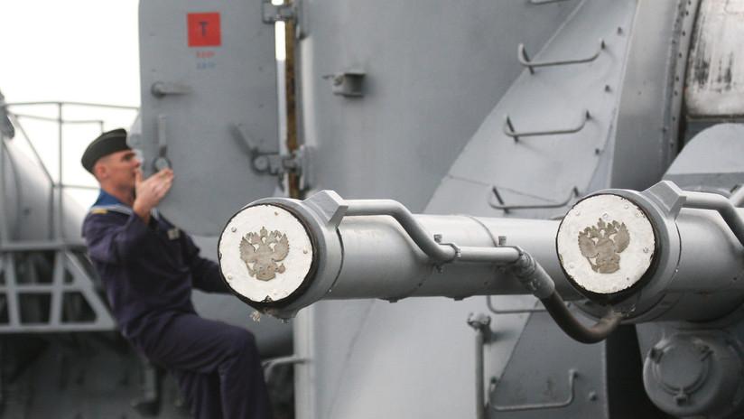 AK-130: el cañón 'monstruo' de la artillería naval rusa capaz de exterminar enjambres de drones