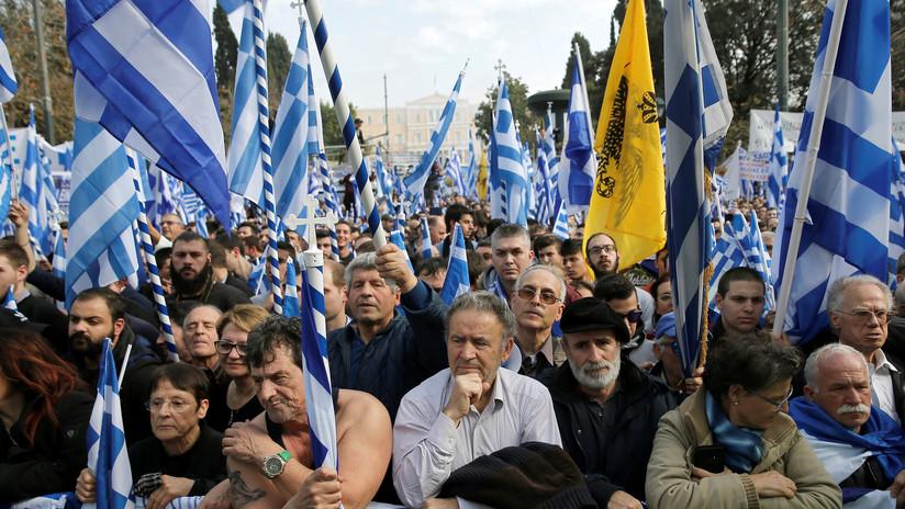 """""""¡Macedonia es Grecia!"""": marcha en Atenas contra el nombre del país vecino (Video)"""