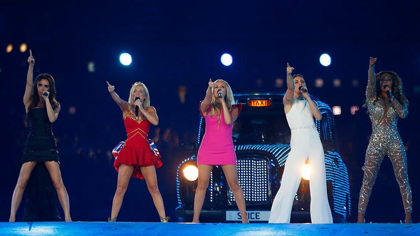 """""""Alerta de polvo"""": El celular con 'cocaína' en una foto de las Spice Girls que confundió a las redes"""