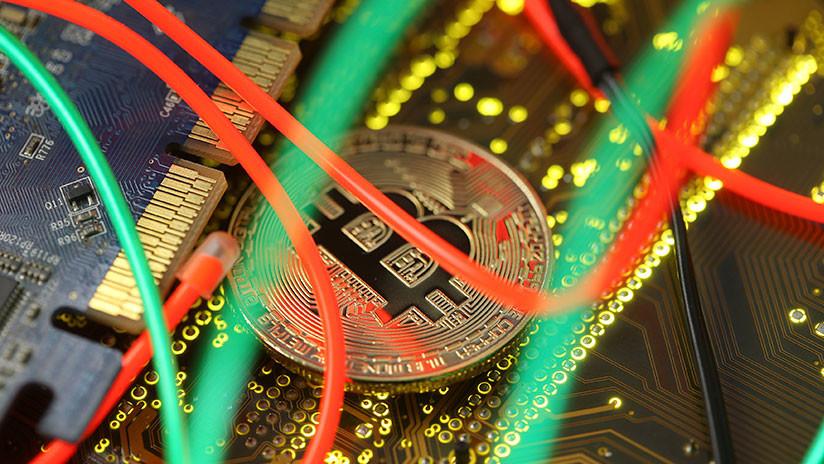 El bitcóin cae por debajo de 7.000 dólares por primera vez desde noviembre