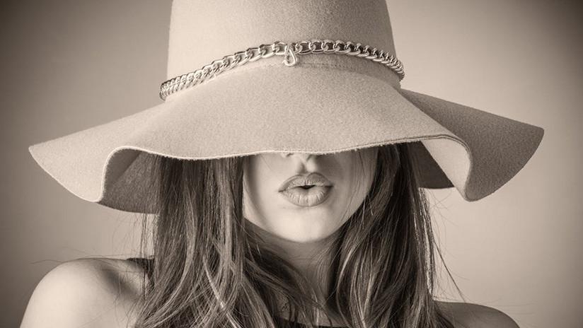 """FOTO: Una modelo de Playboy se queda """"sin huesos en la nariz"""" tras una fallida cirugía plástica"""