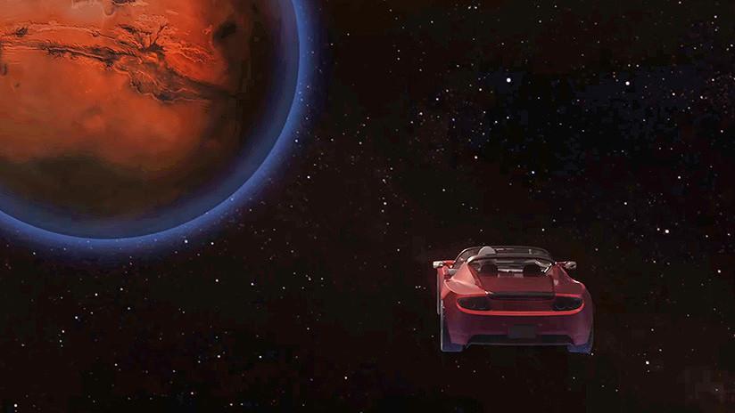 Elon Musk muestra el Tesla Roadster volando a más de 400 millones de kilómetros de la Tierra