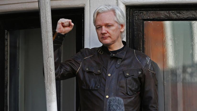 """Assange sobre su orden de arresto: """"Solo hemos perdido el primer punto, la audiencia continúa"""""""