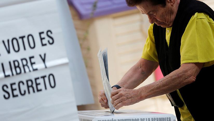Organismo electoral mexicano firma un convenio con Facebook para combatir las noticias falsas
