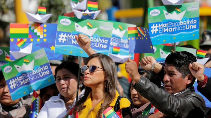 Bolivia quiere hacer la bandera más grande del mundo para exigir su salida al mar