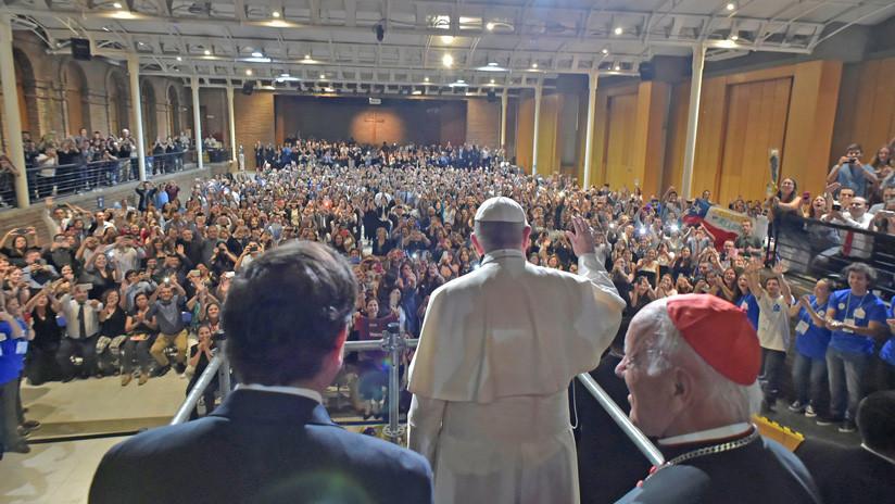 El Vaticano: Experto viaja a Nueva York para entrevistarse con víctima de abusos sexuales en Chile