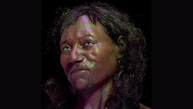 """""""¿Qué sentirán ahora los racistas?"""": Revelan que el primer británico era negro y tenía pelo rizado"""