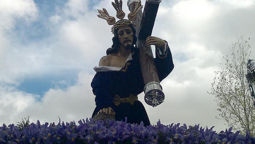 Lo condenan a pagar más de 500 dólares por subir a Instagram un fotomontaje de Cristo con su cara