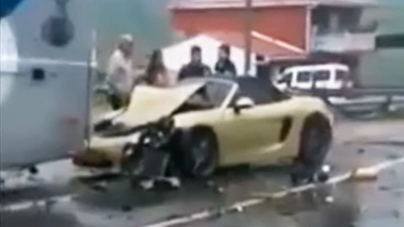 FOTOS, VIDEOS: Coches de alta gama quedan destrozados en un accidente 'de lujo' en Colombia