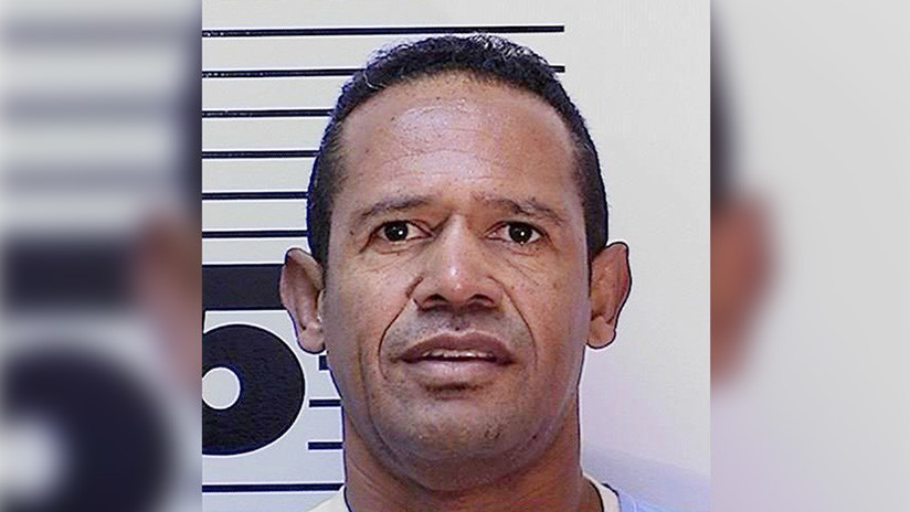 """Un condenado a cadena perpetua se hace rico por ser """"esclavo sexual"""""""