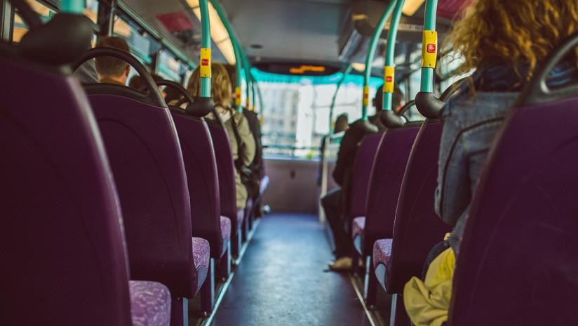 """""""Salen corriendo como ratas"""": Violenta pelea en un bus entre un peruano y un venezolano (VIDEO)"""