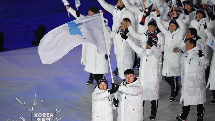 Histórico: La selección de la Corea 'unida' desfila en la ceremonia de apertura de los JJ.OO.