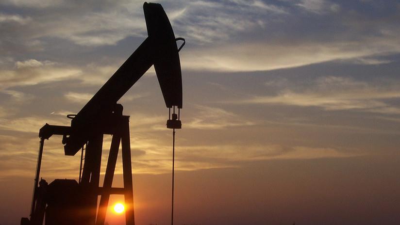 China, ¿preparada para desafiar el dominio del dólar en el mercado petrolero?