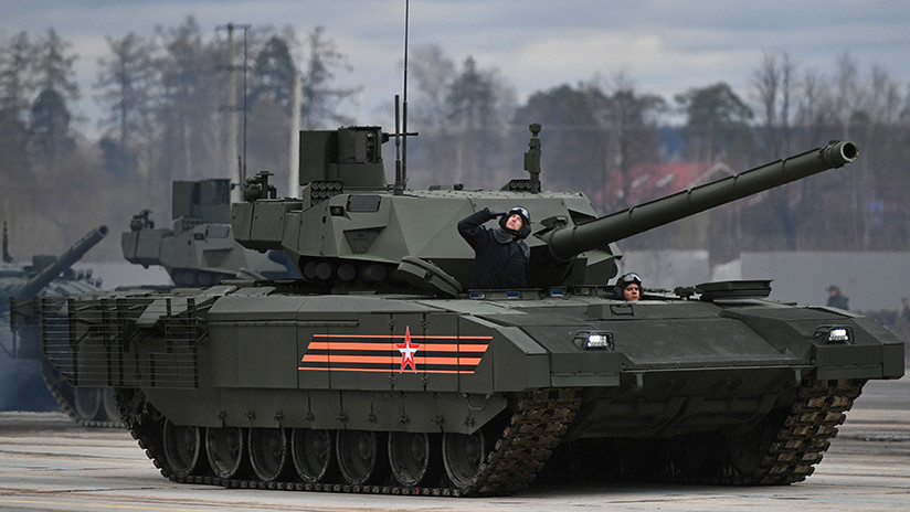 Rusia presentará en breve la versión robótica del tanque T-14 Armata