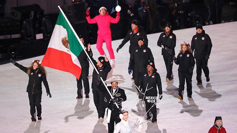 El equipo mexicano de esquí 'da la nota' en los JJ.OO. con su vistoso uniforme (FOTO)