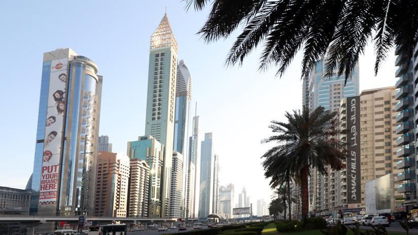 FOTOS: Un hotel de Dubái se convierte en el más alto del mundo solo por un metro