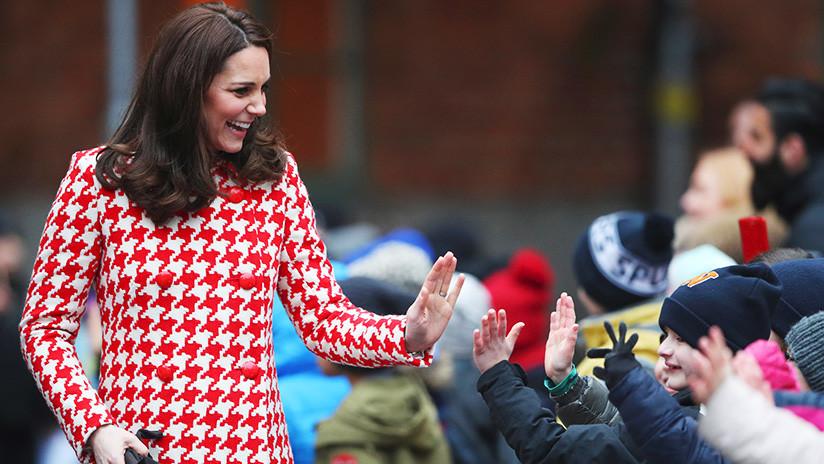El extraño motivo por el que las mujeres de la realeza británica no se desabrigan en público