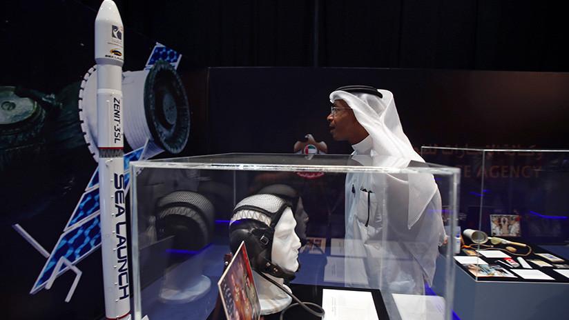 Emiratos Árabes presenta una sonda para el proyecto de colonización marciana