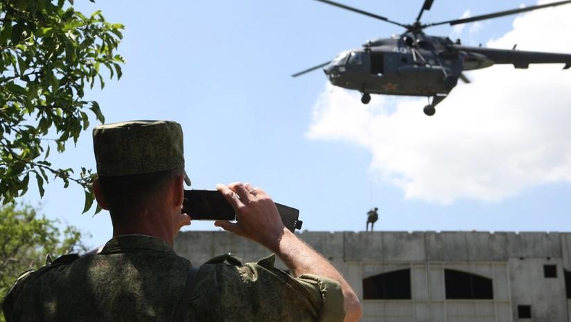 Rusia recomienda a sus militares abandonar las redes sociales