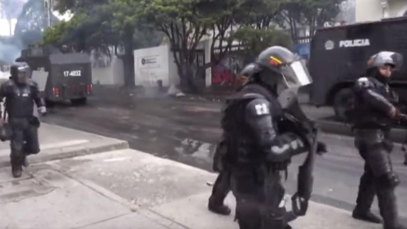 Enfrentamientos entre la Policía y estudiantes sacuden las calles de Bogotá (VIDEO)