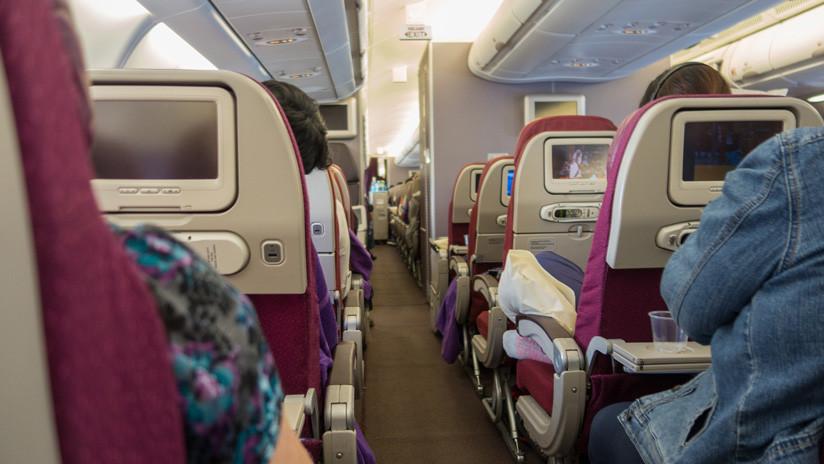 VIDEO: 'Niño demoníaco' convierte un avión en un infierno para los pasajeros