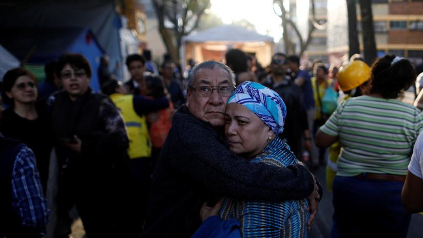 FOTOS, VIDEOS: Se reportan primeros daños tras un fuerte terremoto de 7,2 en México