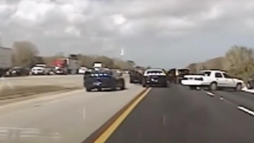 Condujo su BMW a 150 kilómetros por hora casi 70 kilómetros tras atascarse el acelerador (VIDEO)