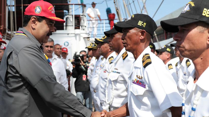 Maduro ordena iniciar ejercicios militares para defender Venezuela