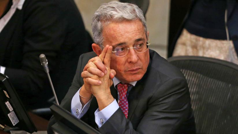 """Uribe acusa de """"persecución"""" a la Justicia de Colombia por investigarle"""