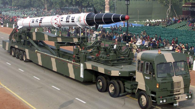 India prueba con éxito el misil balístico con capacidad nuclear Agni II