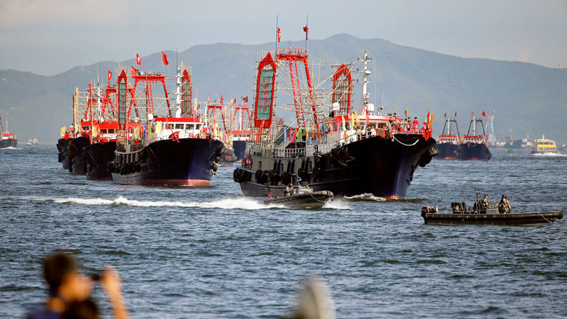 Tres barcos chinos entran en aguas en disputa y Japón reacciona con medidas de crisis