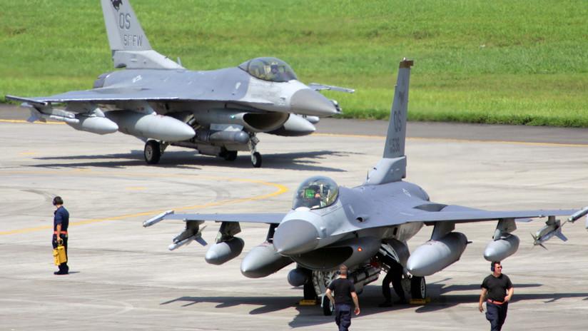 """""""Un mal paso podría crear una catástrofe"""": Piden en Japón suspender los vuelos de los F-16 de EE.UU."""
