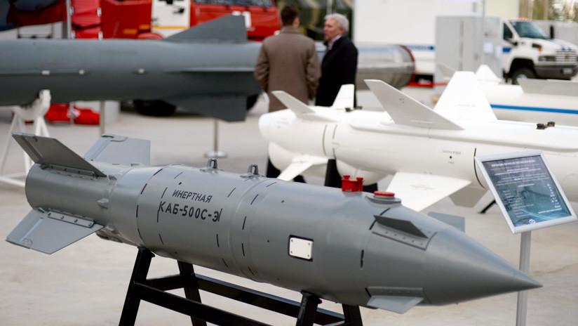 ¿De qué es capaz la nueva bomba planeadora rusa?