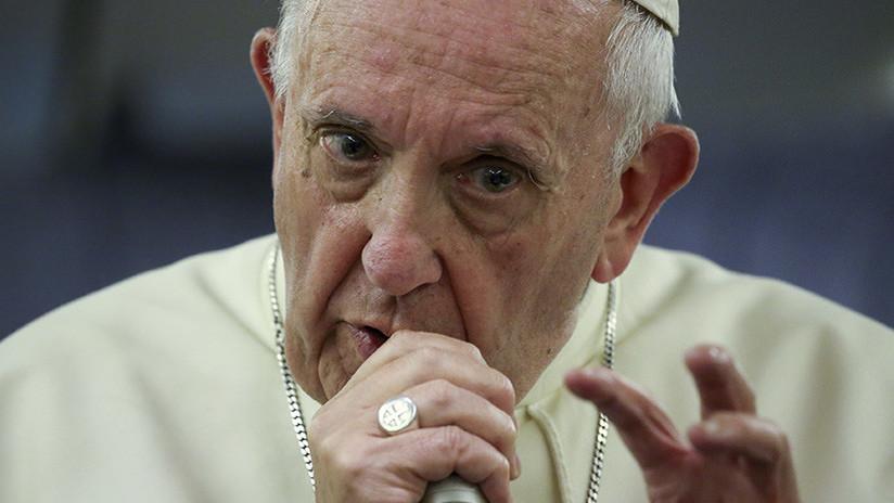 """El papa Francisco se sincera: """"Viví años oscuros, creí que era el fin de mi vida"""""""