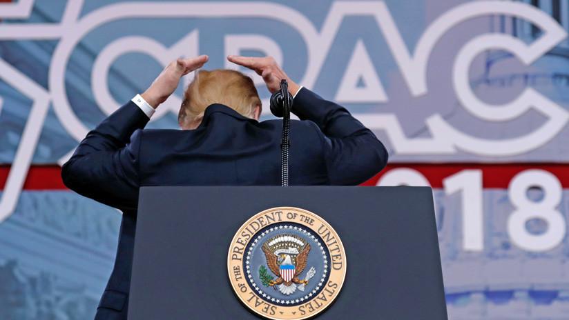 Así se explica Trump tras el escandaloso video sobre el secreto de su peinado