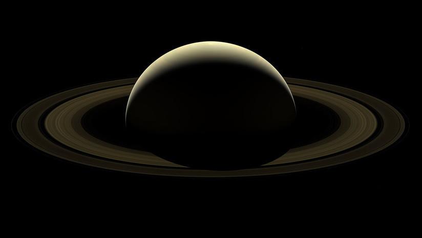 FOTO: El punto exacto donde la sonda Cassini hizo su inmersión 'mortal' en Saturno