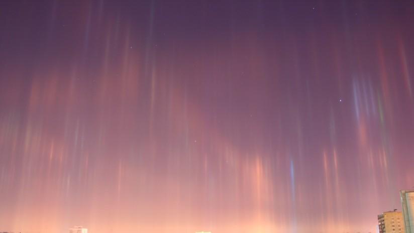 FOTOS: Espectaculares 'columnas luminosas' adornan el cielo de San Petersburgo