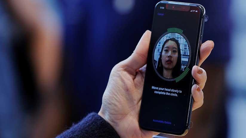 Compañía china presenta un 'smartphone' con el diseño del iPhone X y el nombre de Samsung (Video)