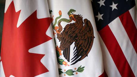Banderas de Canadá, México y  EE.UU.