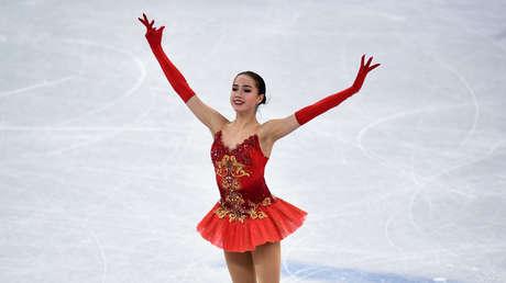 La patinadora artística rusa Alina Zagitova durante los juegos olímpicos de Invierno 2018.