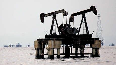 Instalaciones petroleras en el lago Maracaibo, en Venezuela.