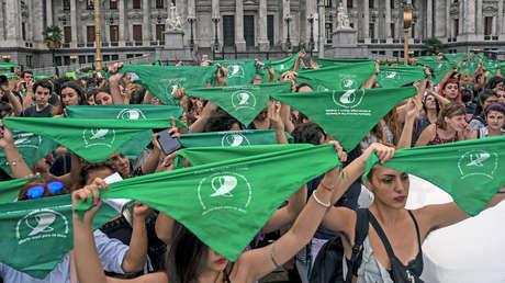 'Pañuelazo' por el derecho al aborto en Buenos Aires, Argentina. 19 de febrero de 2018.