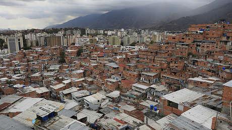 Vista general del sector de Petare en Caracas, Venezuela, 22 de febrero de 2018.