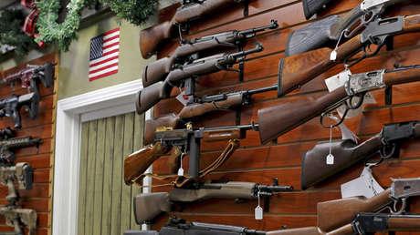 Venta de armas en una tienda de El Cajón, en California.
