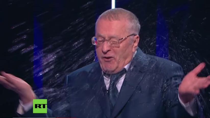 Insultos, gritos y agua en la cara: acalorado debate presidencial en Rusia (VIDEO)