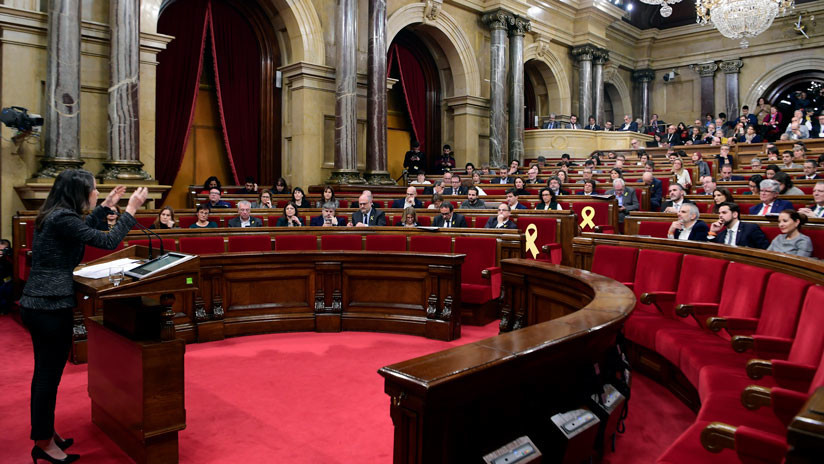 Primera sesión del Parlamento catalán desde las elecciones del 21D: se escenifica el desencuentro